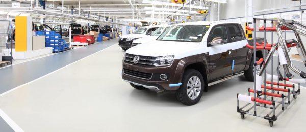 Industrieboden für eine Werkshalle in der Automobilproduktion