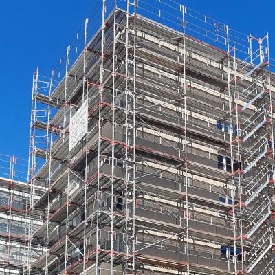 Fassadengerüst für Wohnblock