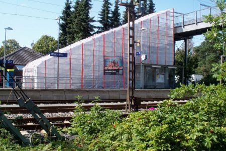 Atmosphärischer Korrosionsschutz und rutschhemmender Dünnschichtbelag für Bahnbrücke
