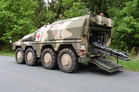Werkslackierungen von Fahrzeugen und Fahrzeugteilen für die Rüstungsindustrie in Hamburg