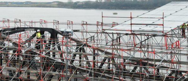 Einrüstung einer denkmalgeschützten Drehbrücke
